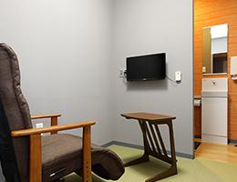 院内の完全個室で下剤服用もできます